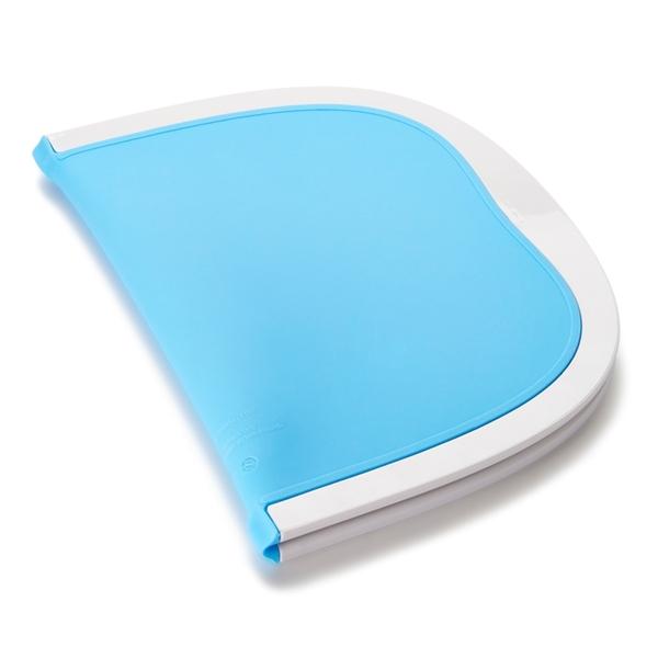 Munchkin Go™ Folding Placemat