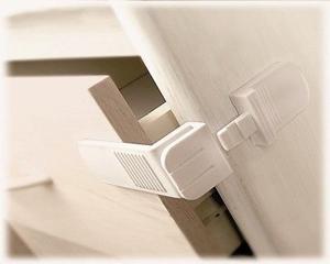 Εικόνα της Lindam Ασφάλειες για Συρτάρια Angle Locks