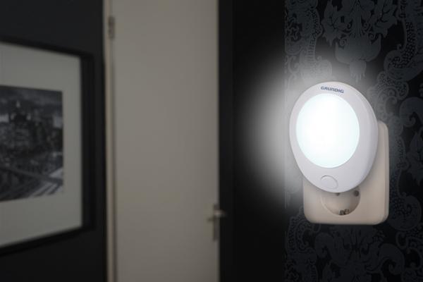 Grundig Φωτάκι Νυκτός με διακόπτη On/Off 1LED 0,6W