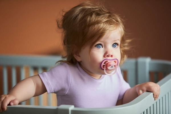 Philips Avent Πιπίλα Ultra Air, 18 μηνών+, girl (2 τεμάχια)