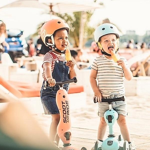 Scoot & Ride Κράνος Peach