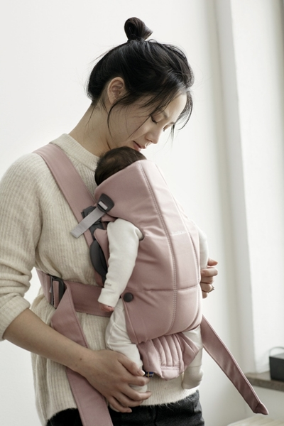 BabyBjorn μάρσιπος Mini Cotton, Dusty Pink