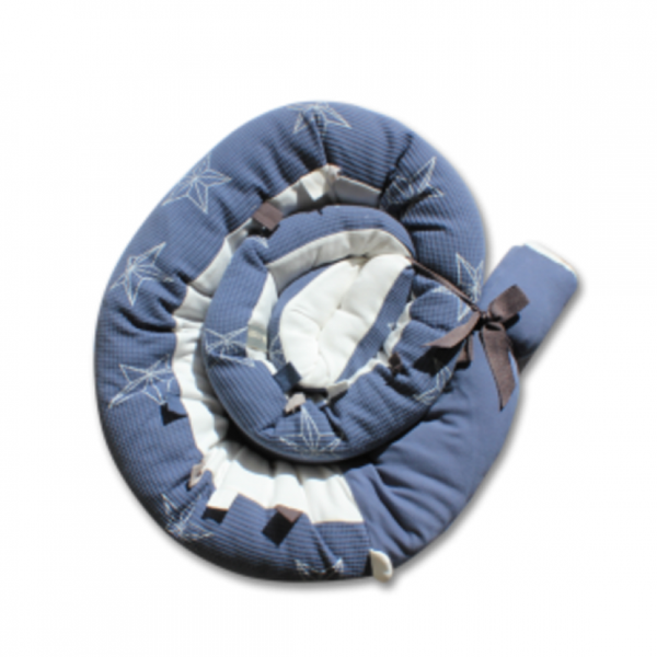 Minene Πολυχρηστικό Μαξιλάρι – Snuggly Snake Πικέ 3D Μπλέ