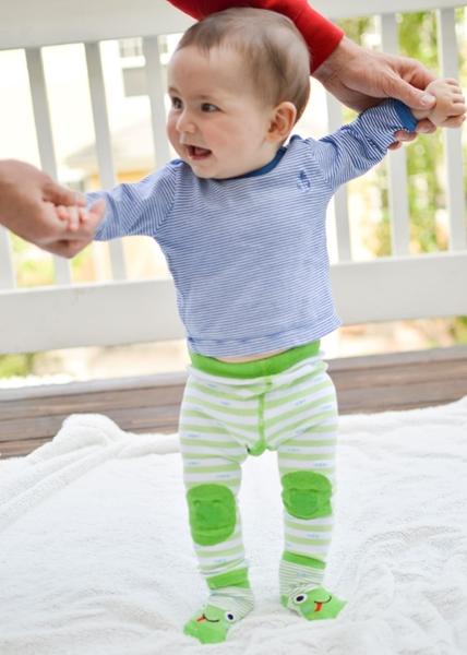 Zoocchini - Grip+Easy Παντελόνι για Μπουσούλιμα & Κάλτσες – Flippy the Frog