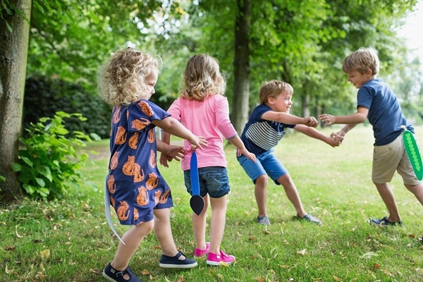 BS Toys Catching Tails – Κυνηγητό με ουρές
