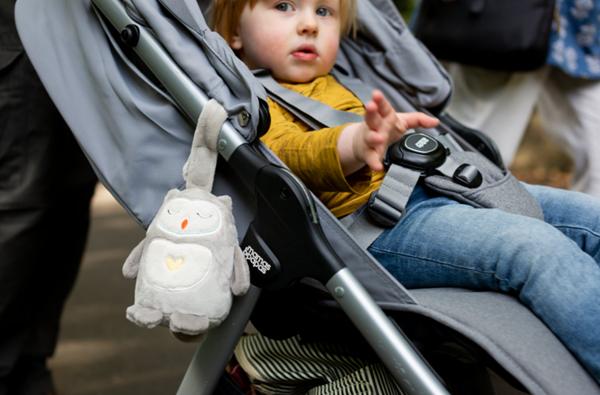 Gro company Mini Ollie η κουκουβάγια- Η καλύτερη σύντροφος για τη βόλτα - Επαναφορτιζόμενο με USB!